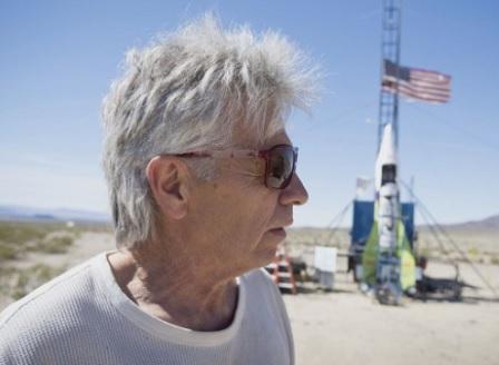 При опит да лети на самоделна ракета загина Лудият Макс