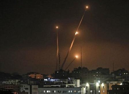 Палестинци изстреляха 20 ракети по израелската територия