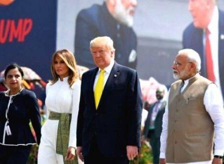 Тръмп обеща на Индия военни хеликоптери за 3 млрд. долара