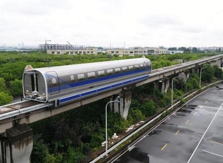 Китайски маглев влак лети с 600 км/ч