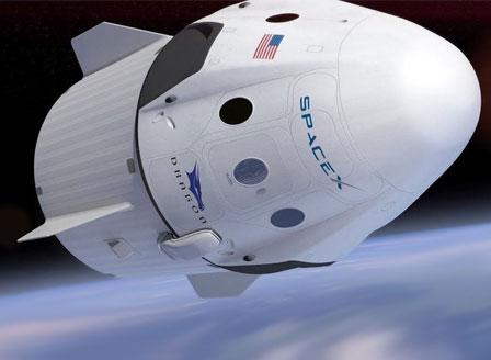 Космическият кораб Crew Dragon ще се завърне през август